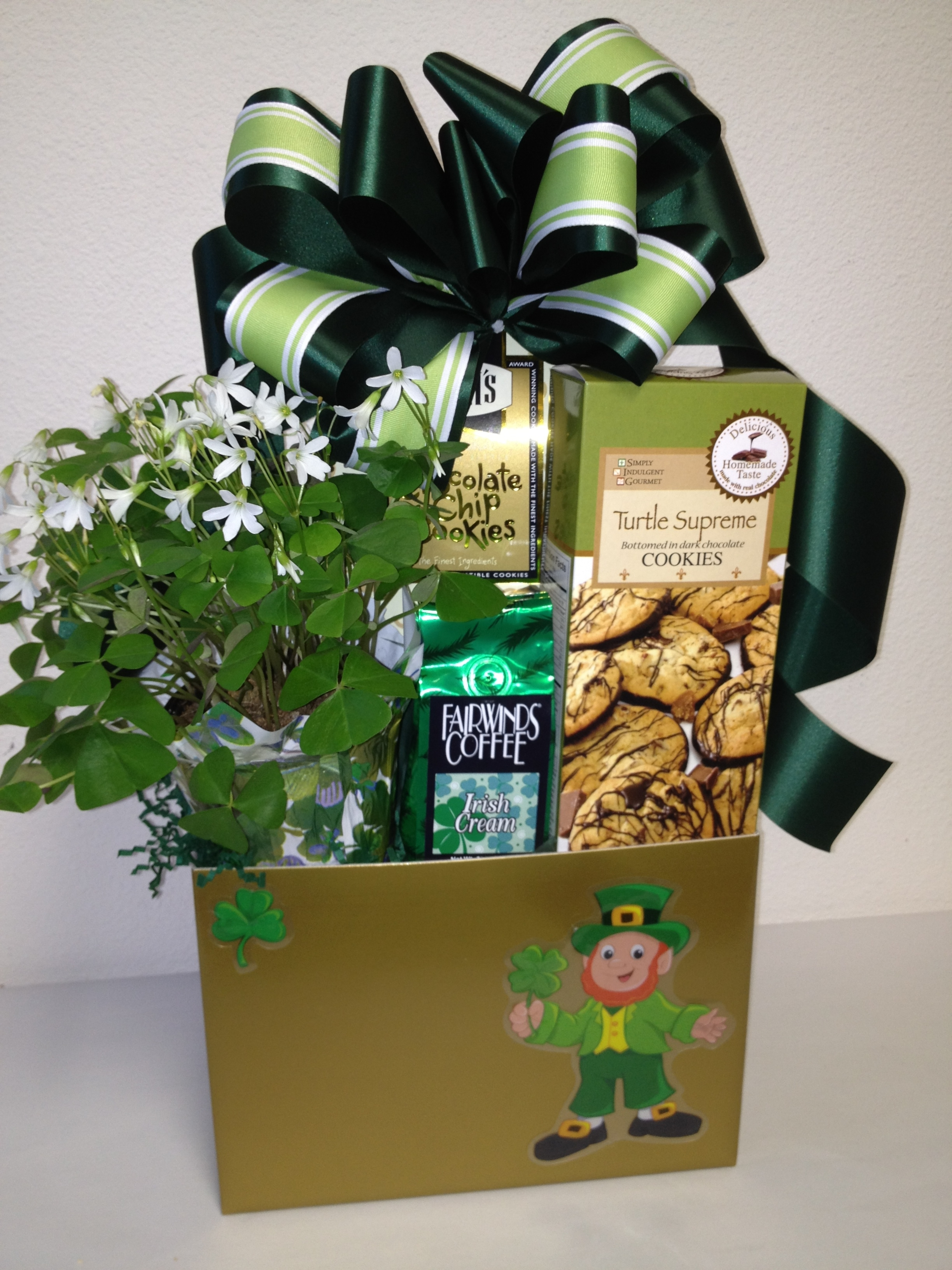 Wedding Gifts Delivered Ireland : St. Patricks Day Gift Basket San Diego Gift Basket Creations