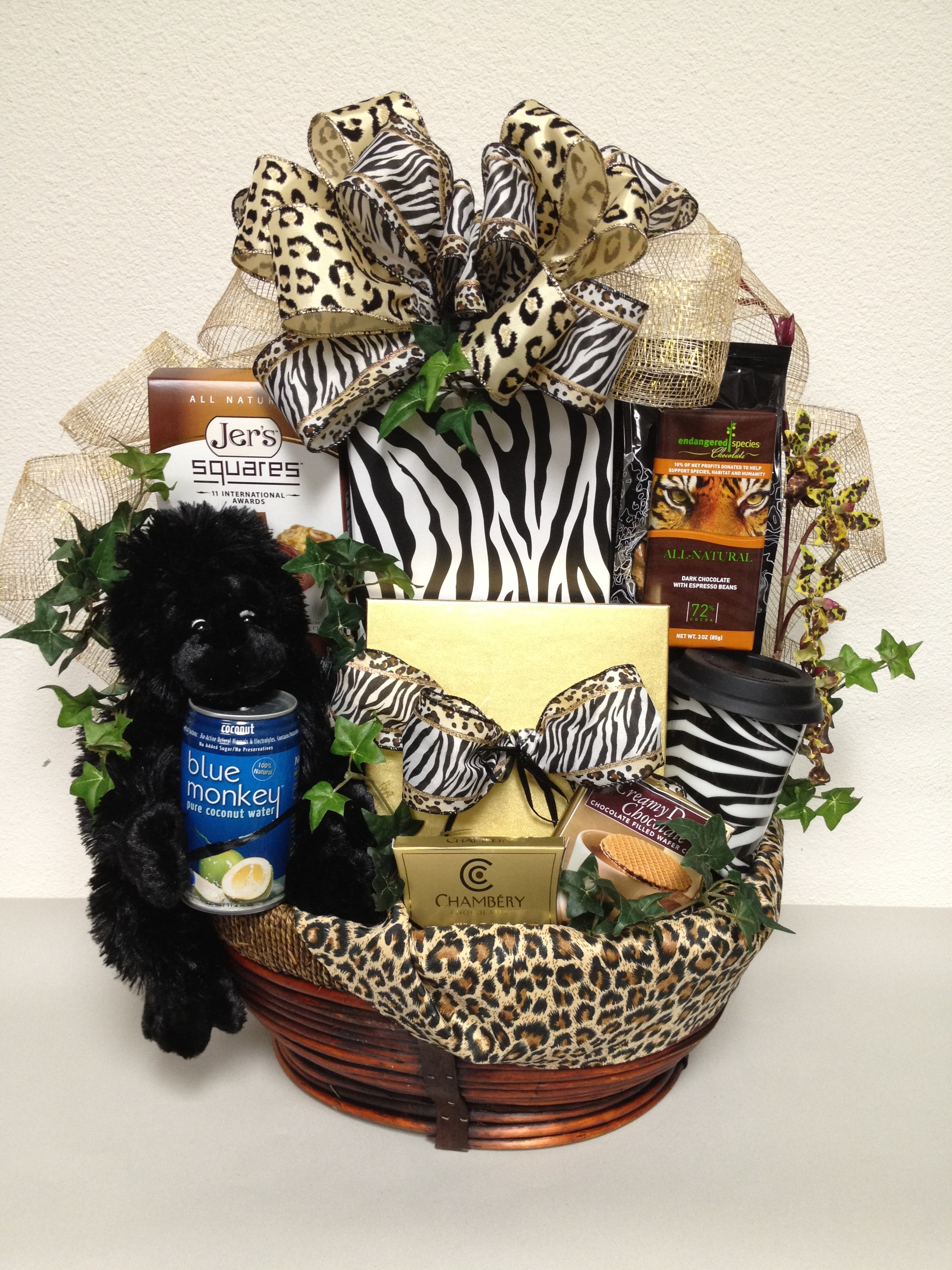 Fun valentines day themes san diego gift basket creations wild about you gift basket negle Images